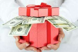 Save money this season when you get cash from Christmas Payday Lenders.